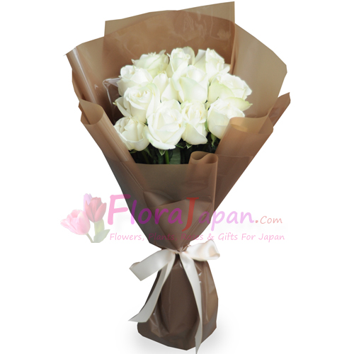 Can I Send Flowers To Japan Send 12 White Roses In A Bouquet To Japan Florajapan Com