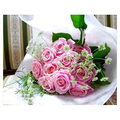 send one dozen pink roses to japan