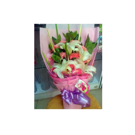 send 6 pink carnations with lilies to japan