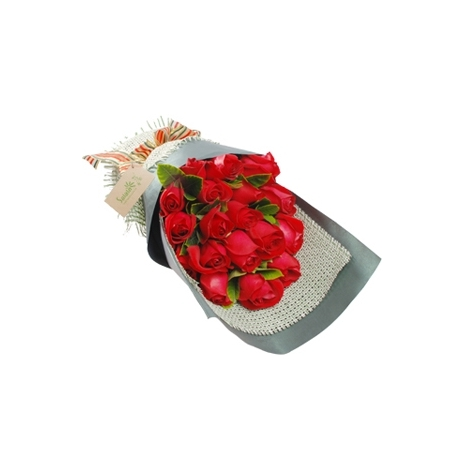 send 12 red roses in bouquet to japan