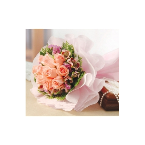 12 peach rose bouquet to japan