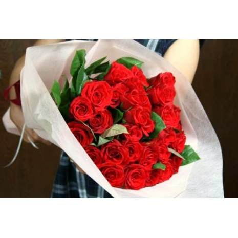 send love you with 18 red roses to japan