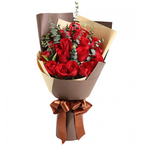 send 12 red roses bouquet to japan