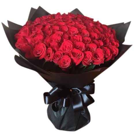 send 100 smart and dashing roses bouquet to japan