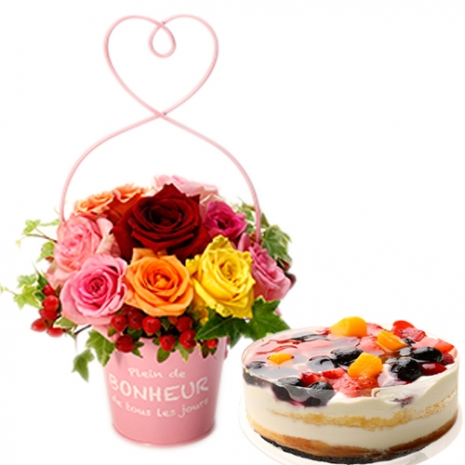 send petit mixed rose and 4 berries torte to japan