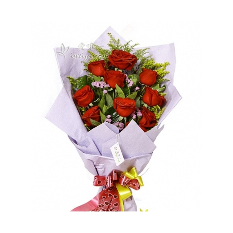 one dozen red roses bouquet to japan